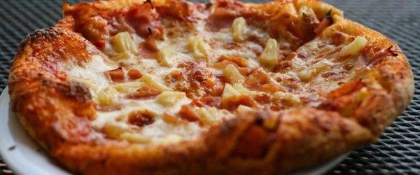 Hawaiian Pizza | Broadway Pizza Bar | Kissimmee, FL