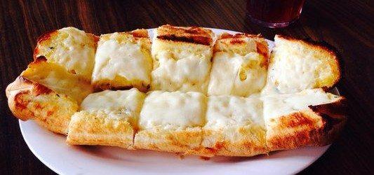 garlic bread broadway pizza bar, cheesy garlic bread, kissimmee dinner appetizer